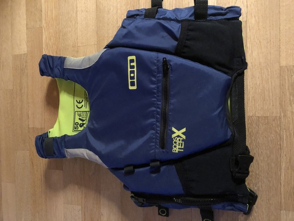 Ion - Vest booster x