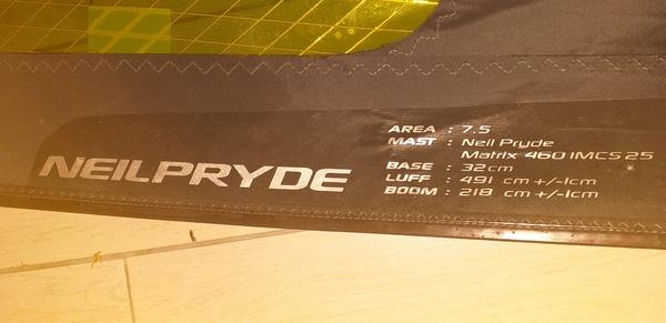 Neil Pryde - V8