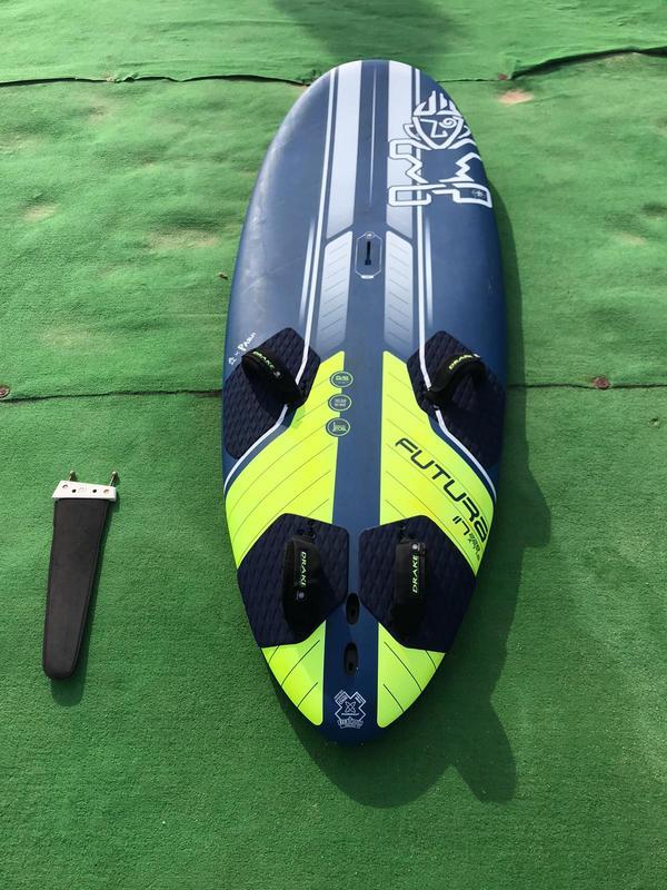Starboard - FUTURA 117 2020